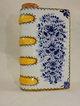 Metropolitan Museum of Art Book Shaped Hand Warmer Decanter Flask - $24.99