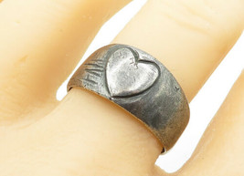 925 Sterling Silver - Vintage Antique Love Heart Detail Band Ring Sz 11 ... - $27.63