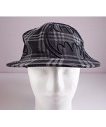 Batman Hat DC Comics Mens Black Plaid Fitted Cap Size S / M - $34.95