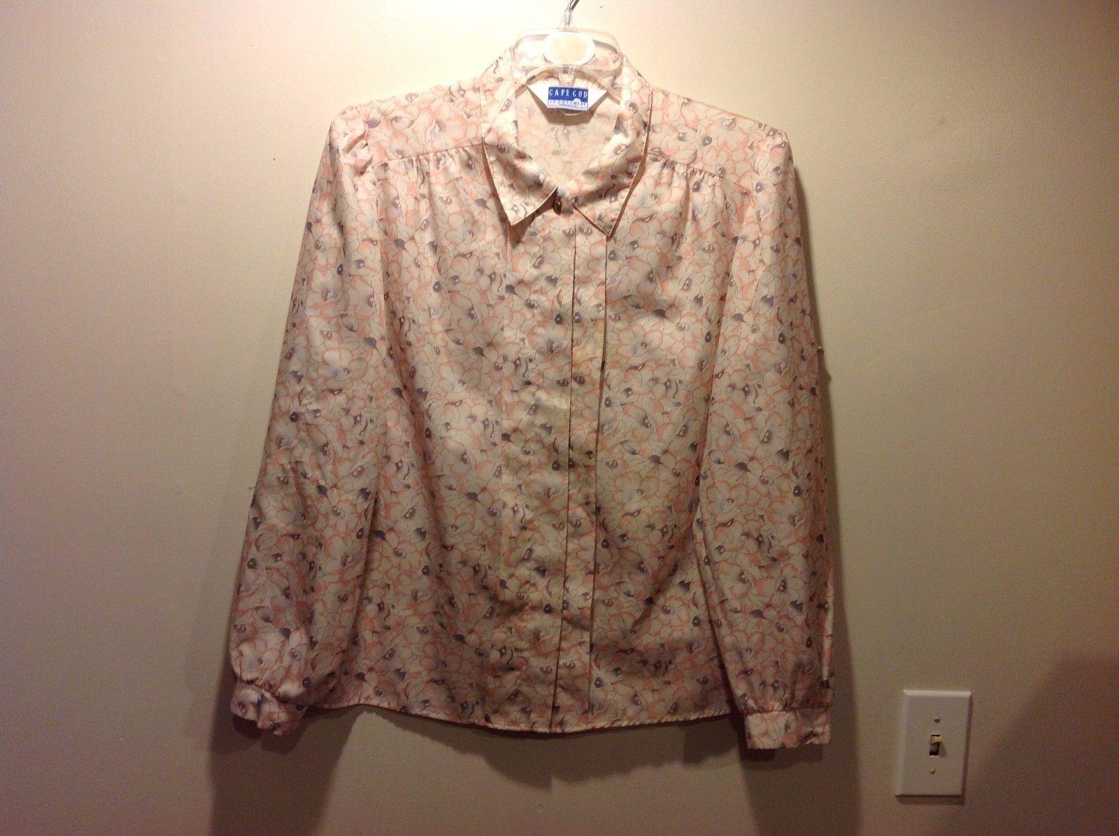 Cape Cod Ladies Floral Patterned Pastel Colored Button Up Blouse Sz S