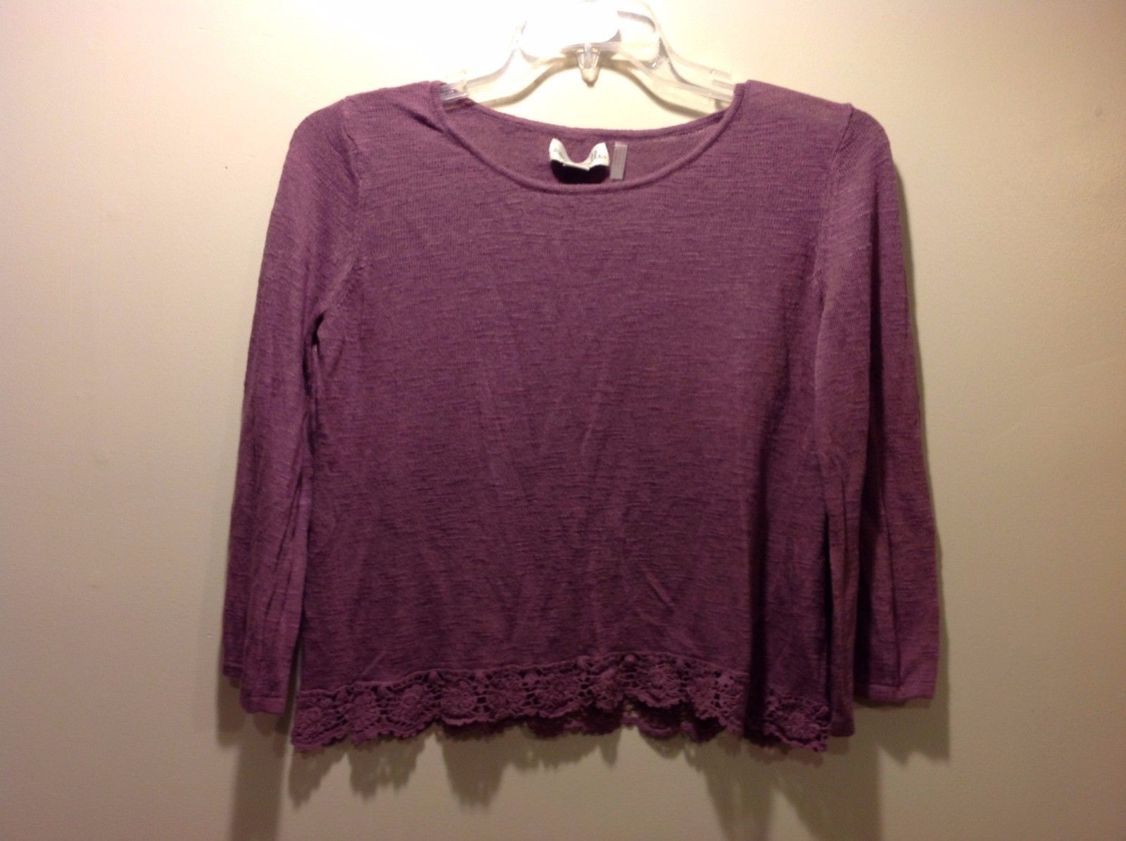 Simply Noelle Plum Colored Blouse w Floral Lace Trim Sz 8 10