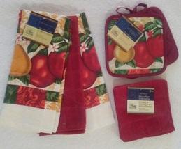 RED FRUIT KITCHEN SET 7-pc Towels Cloths Potholders Apples Fleur de Lis NEW - $14.99