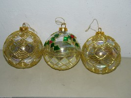 3 Large Holly Leaf Glass Gold Lacey Lace Ornament 15451 - $27.69