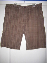 QuikSilver 32QUI40BRNSHR Nice Plaids Men' Shorts Dark Brown 40 - $25.83
