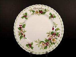 Royal Albert December Christmas Rose Plate Flower Series 8 in Gold Trim ... - $24.74