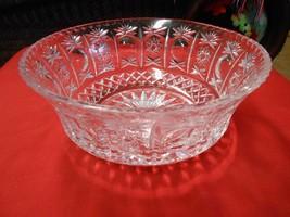 Beuatiful CRYSTAL Centerpiece BOWL...Very Heavy Lead Crystal............... - $10.40