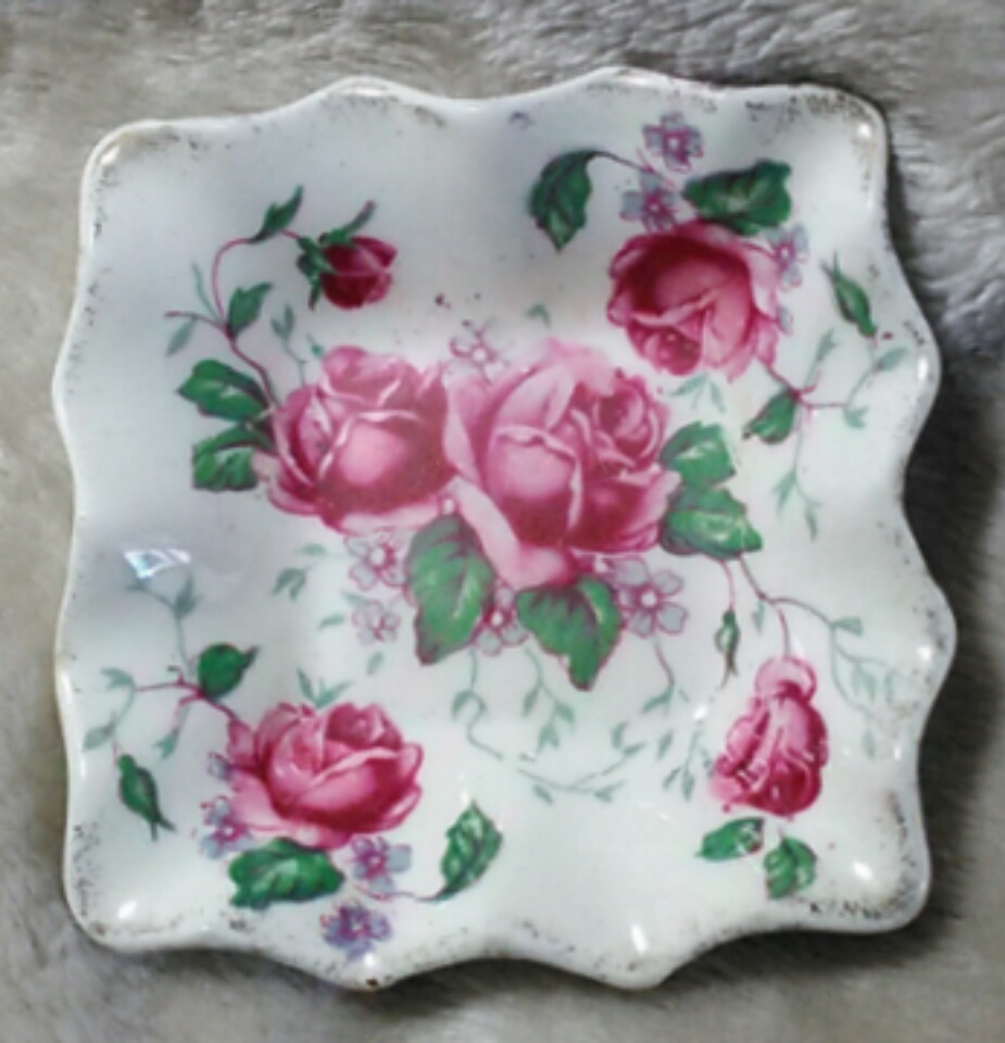 Primary image for James Kent England Old Foley 4040 Roses - 3 in. Square Dish (A)