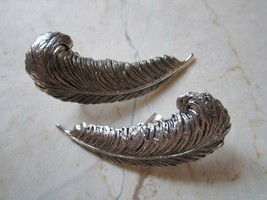 VINTAGE SARAH  COVENTRY SILVER TONE LEAVES CLIP STYLE EARRINGS - $14.24