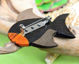Vintage Fish Brooch Pin Wooden Wood Inlay Carved Handcrafted Figural image 4