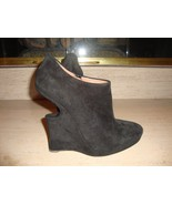 CRAZY COOL SUPER RARE BLACK $1,675 ALAIA SUEDE HEELS - $427.50
