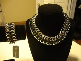 GORGEOUS SILVER & BLACK SILVER NECKLACE & BRACELET SET BY ST THOMAS (NWT) - $90.25