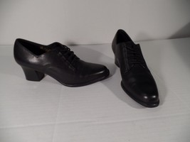 "New Aerosoles ""Heely Um"" Black Leather Heels - Size 6 1/2B - $23.09"