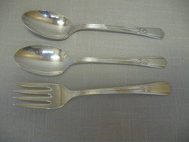 Wm Rogers Mfg 2 Teaspoons 1 Salad Fork Sovereign International Silver Co... - $12.95