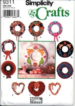 Uncut Andrea Tebescheff Classic Holiday Wreaths Simplicity 9311 Pattern - $6.99