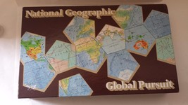 National Geographic Global Pursuit Board Game 1987 - $15.35