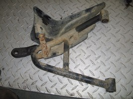 HONDA 2001-2004 FOREMAN RUBICON 500 4X4 LEFT FRONT LOWER A-ARM PART 28,897 - $25.00