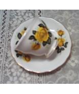 Vintage Royal Vale Bone China TeaCup And Saucer Set Cottage Kitchen Coll... - $10.75