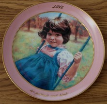 Hamilton Collection Plate, L,ove Is Patient And Kind, 2062B VERY GOOD COND - $24.74
