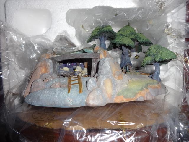 WDCC Walt Disney Enchanted Places Seven Dwarfs Mine