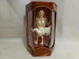 nib1998 Heirloom Collection Carlton Cards MARILYN MONROE Christmas Tree ... - $10.99
