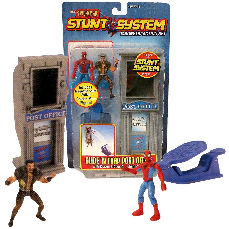 "ToyBiz Year 2005 Marvel Spider-Man Stunt System Magnetic Action 3"" Tall Figure - - $44.99"