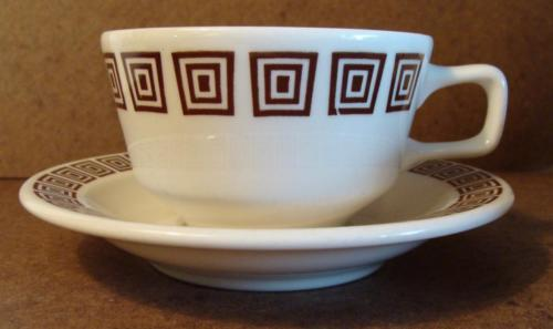 Vtg 8 pcs Homer Laughlin Cups Saucers Cream Brown Squares Restaurantware Retro