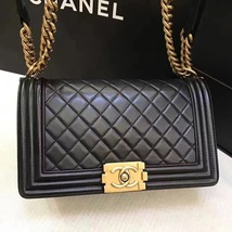 AUTHENTIC CHANEL LE BOY BLACK LAMBSKIN MEDIUM FLAP BAG GHW image 3