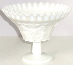 Westmoreland Ruffled Bowl Candy Fruit Grapes Footed  White Milk Glass Vintage  - $59.95