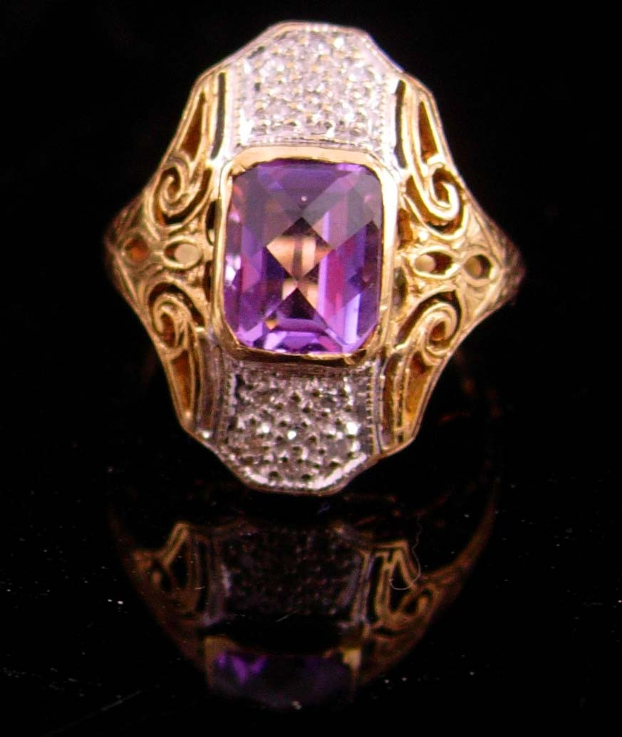Primary image for Vintage 12 Diamond amethyst ring  jewelry 10kt yellow white gold size 3 1/2