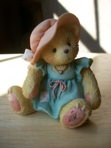 "Cherished Teddies 1993 ""A Mother's Love Bears All Things"" Figurine - $12.00"