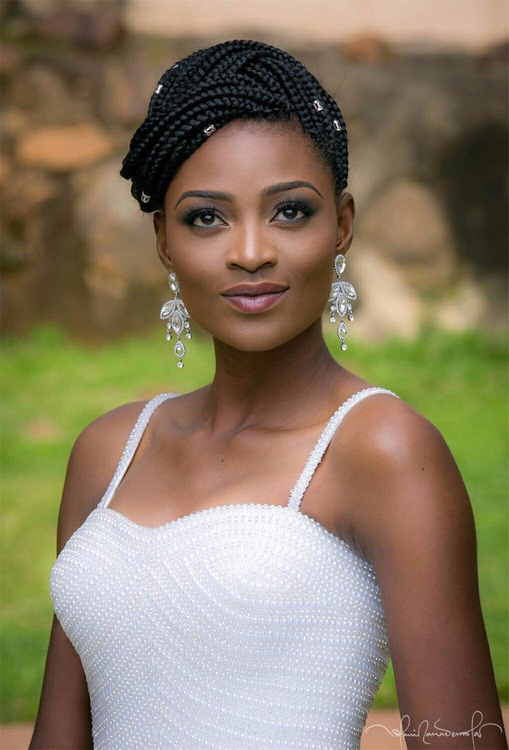 Luxury Pearls African Wedding Dresses Ball Gown at Bling Brides Bouquet - Online