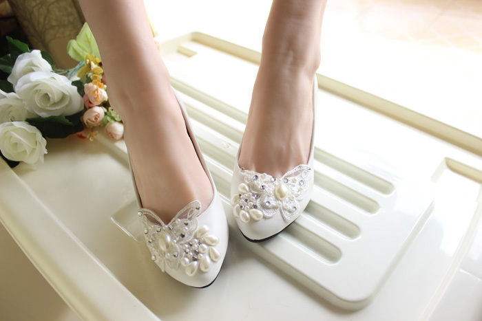 Ivory White Butterfly Bridal Ballet Flats /Spring Time Wedding Flats Shoes image 2