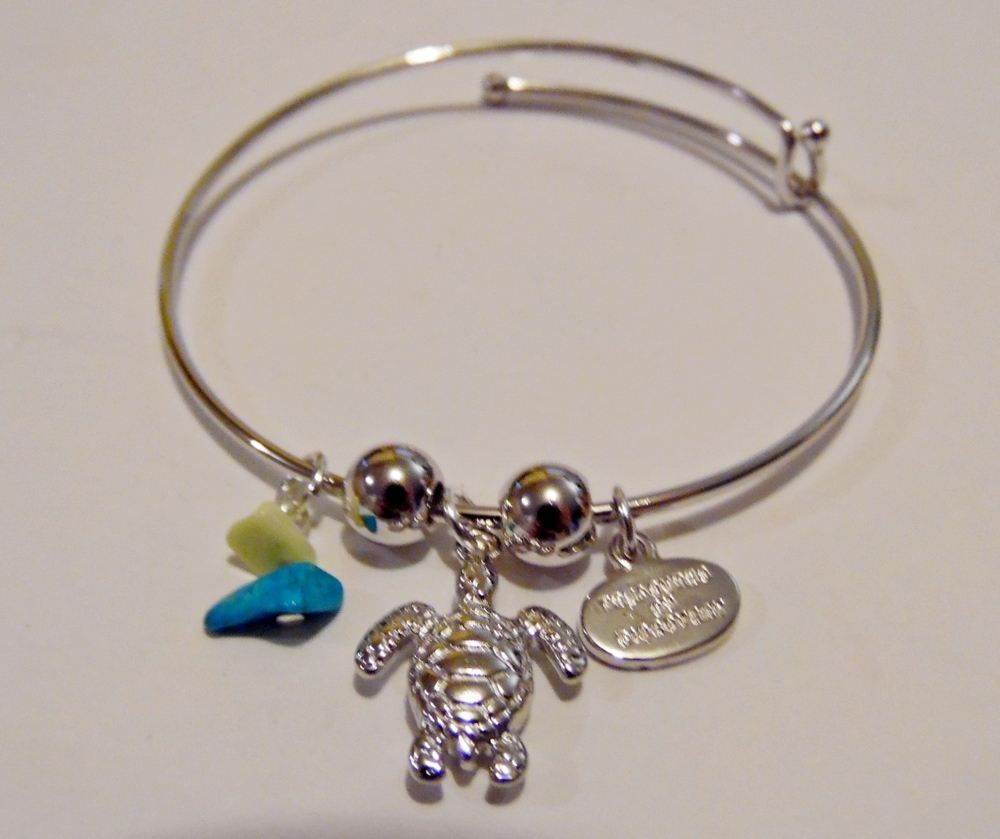 turtle and bead adjustable charm bracelet crafted
