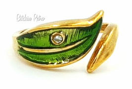 Avon Vintage Leaf Glow Ring With Green Enamel and Rhinestone Accent - $14.00