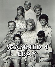 Vicki Lawrence Carol Burnett Ken Berry Cast Mama's Family 8X10 Photo 8E-350 - $14.84