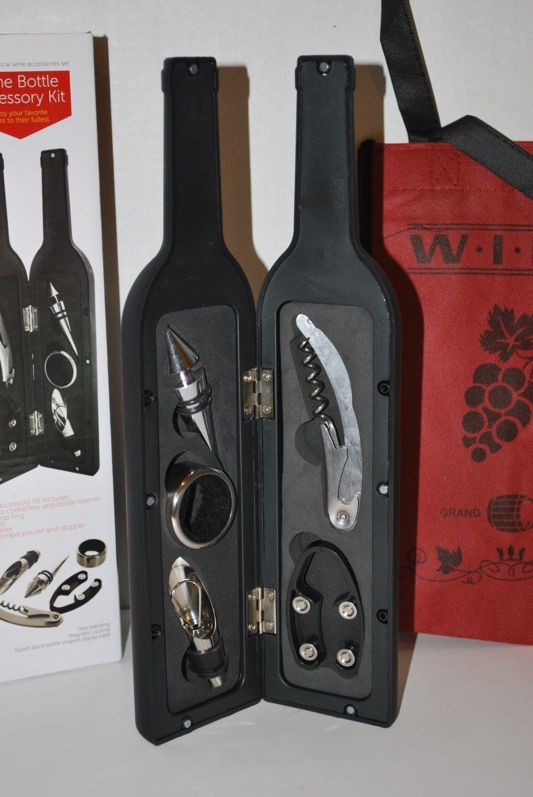 Wine Bottle Accessory Gift Set (5-PC) with Free Wine Tote