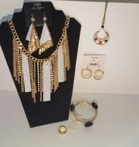 wholesale jewelry lot - $39.59