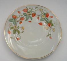 vintage 1978 avon strawberry porcelain plate  - $9.49