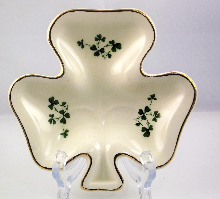 Carrigaline Pottery shamrock shaped dish County Cork Ireland