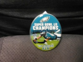 "Hallmark Keepsake ""Zach Ertz - Fly Philadelphia Eagles Fly"" 2018 Ornamen... - $15.59"