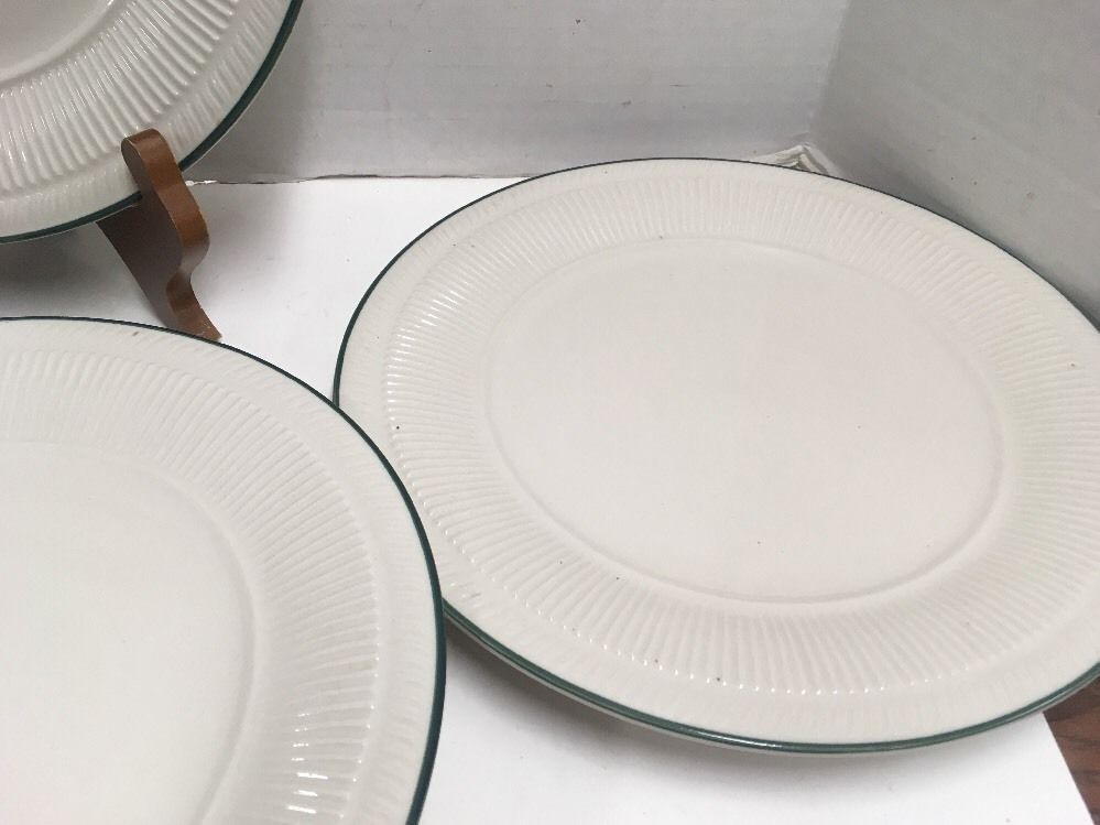 ... 4 Gibson Everyday China Dinner Plates 10 1/4in off White with Green Rim & 4 Gibson Everyday China Dinner Plates 10 and 24 similar items