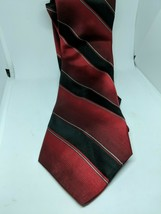 City of London Mens Necktie Tie Red & Black Striped 100% Pure Silk Made in USA - $12.86