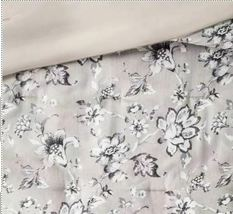 SEALED/ NEW  Queen Leah Floral 8pc Bed Set Neutral  image 3
