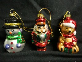 Avon Exclusive Design Traditional Glass Christmas Ornaments - $7.99