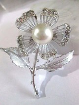 Rose Pin Sarah Coventry Flower Rhinestone Simulated Pearl Large Great Gift - $15.00