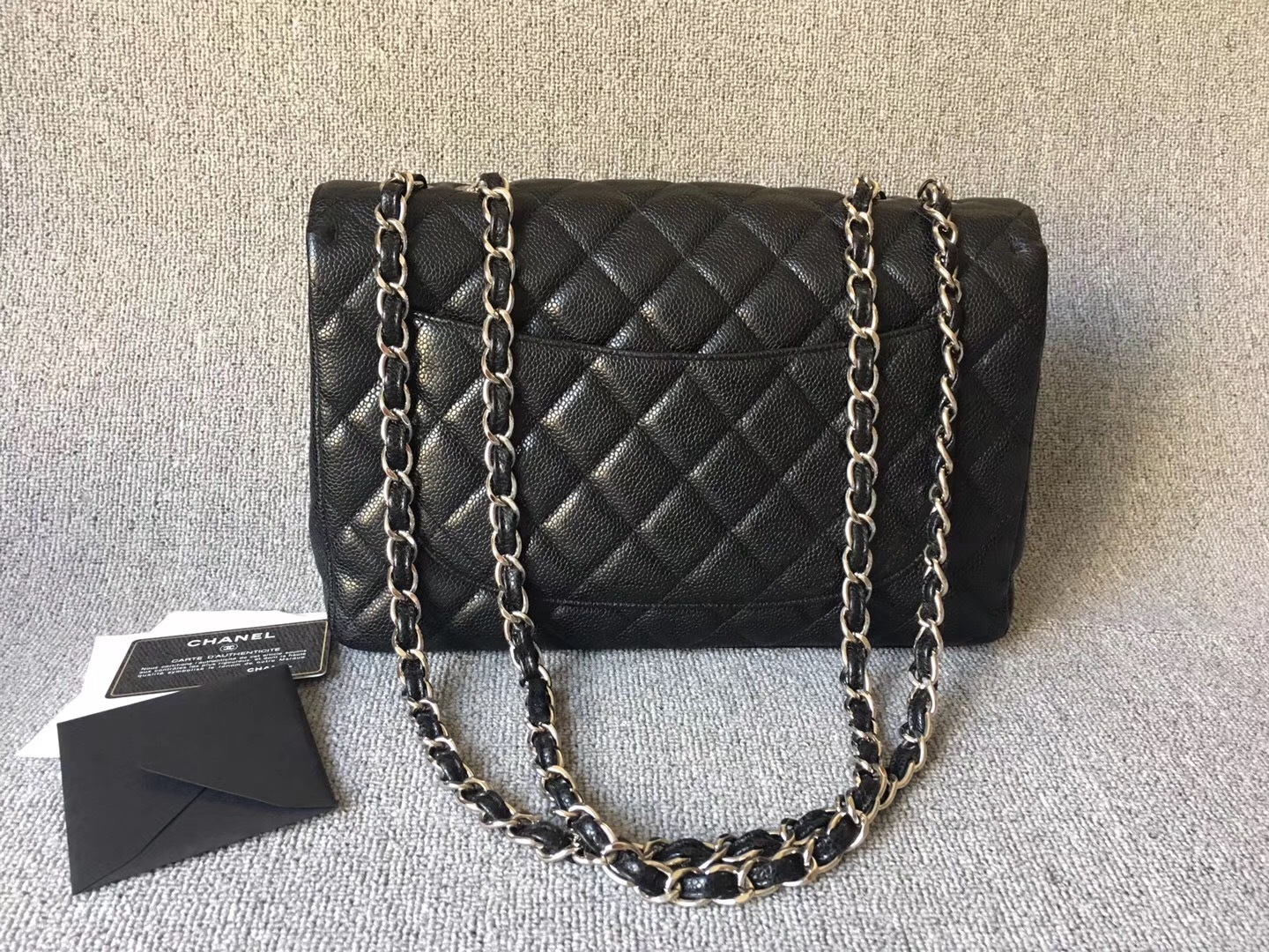 dd133255a80e AUTHENTIC CHANEL BLACK CAVIAR QUILTED JUMBO SINGLE FLAP BAG SILVER ...