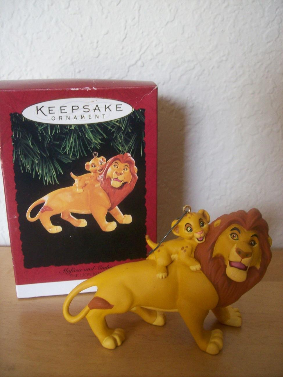 Disney 1994 Mufasa and Simba Hallmark Christmas Ornament