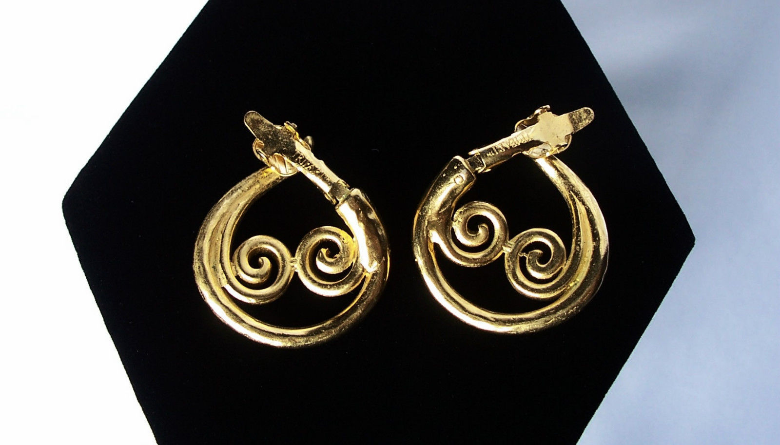 VintageTrifari Gold Plated Clip Earrings Swirling Hoop Design - Gorgeous!