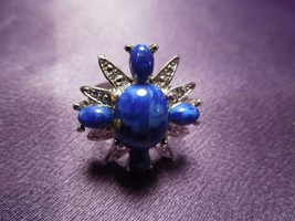 Sarah Coventry Cocktail Ring Marbled Blue Lucite Silver Tone Women's Size 8.5  - $19.80