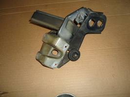 00-06 w215 Mercedes CL500 CL55 CL600 Front Right Radiator Support Frame Bracket - $59.40